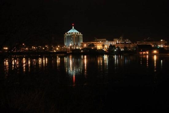 Image source: http://media-cdn.tripadvisor.com/media/photo-s/01/3b/a4/41/hometown-wausau-wi-skyline.jpg